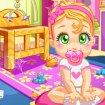 Bebelusa curatenie in casa de papusi